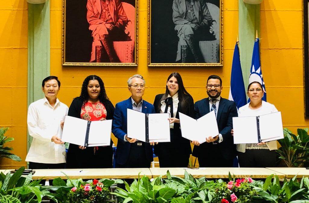 Taiwán y Nicaragua firman Acuerdo para ejecutar el Proyecto de Acompañamiento a la Economía Creativa