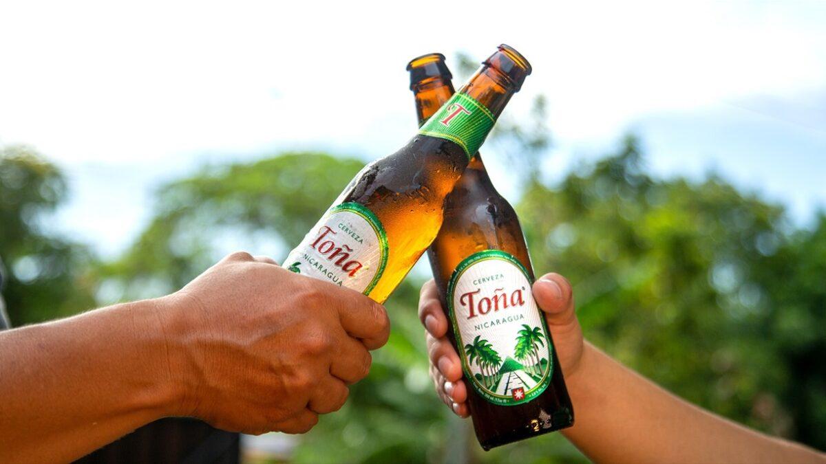Cerveza Toña llega a Panamá