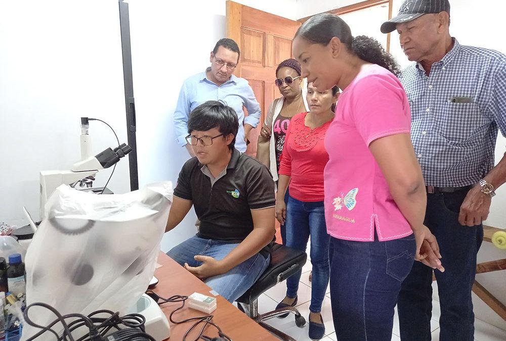 """Centro  Tecnológico y Experimental de Peces """"Caribbean Pearl"""" recibe la visita de la Ministra del INTUR"""