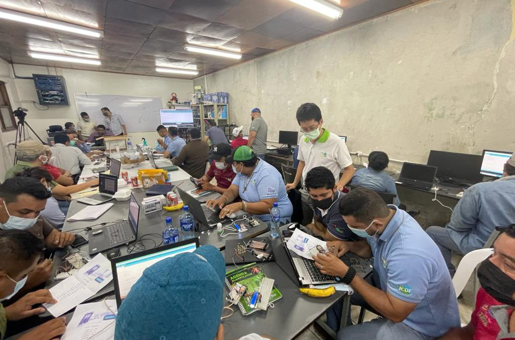 Segundo Curso de Micro Robótica aplicada a la Agricultura es impartido por especialistas taiwaneses