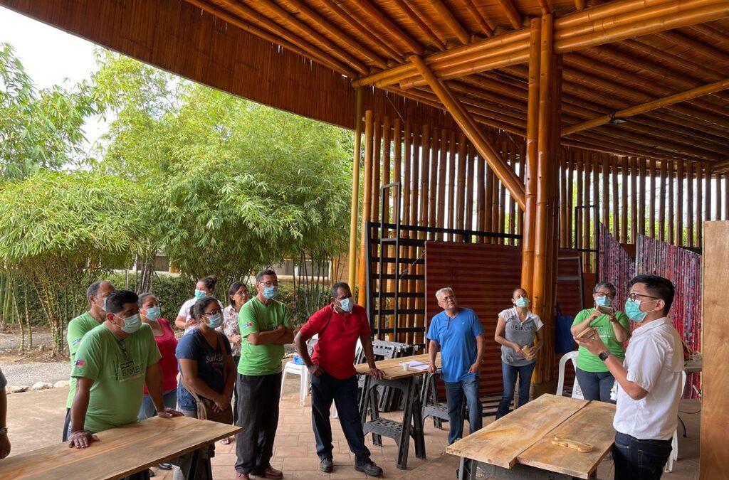 Experto taiwanés imparte taller sobre Industrialización del Bambú
